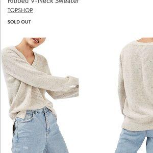Topshop Ribbed v neck sweater size 8